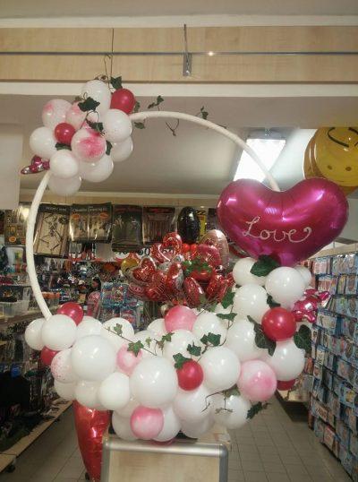 Elkészült a Valentin napi meglepetés lufi ajándék
